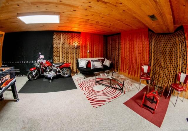 Bar-Basement-Harley-Music-Group-Large-Family-Room-Angels-Landing-Port-Angeles-Washington-Vacation-Home
